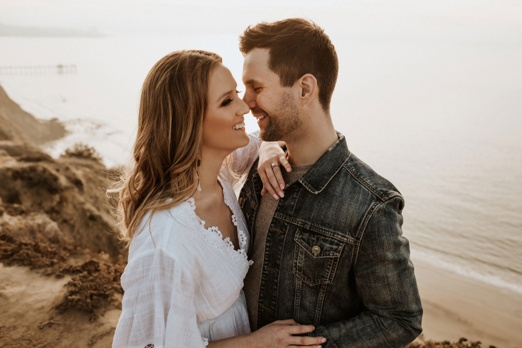 La Jolla Cliffs Engagement : Erica & Michael